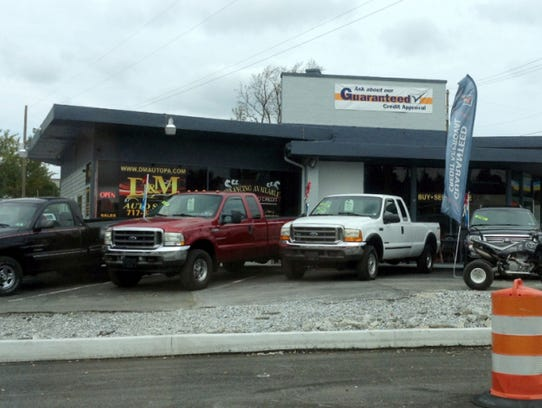 D&M Auto Sales, at 2873 E. Prospect Road in York Township,