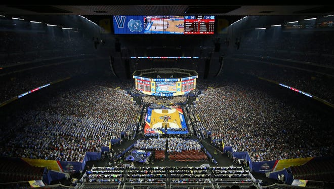 Scenes from the 2016 Final Four in Houston.