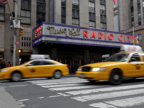 AP NYC Taxi Slowdown_001