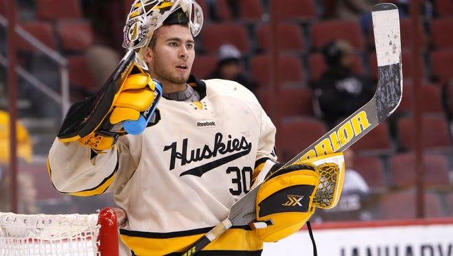 Michigan Tech goalie Jamie Phillips