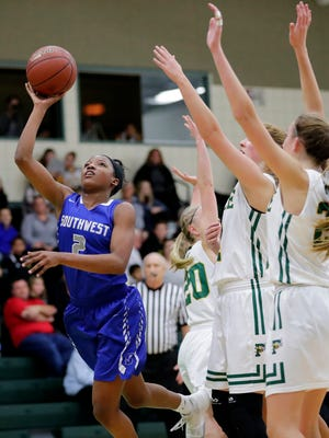 Green Bay Southwest's Jaddan Simmons (2) received scholarship offers from the University of Illinois and University of Tulsa this week.
