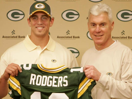 Green Bay Packers general manager Ted Thompson (right) stands with first-round draft pick Aaron Rodgers in 2005.