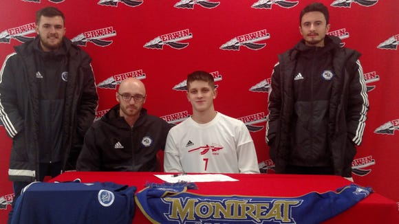 Erwin's Tim Veselovskiy signed with Montreat to play soccer