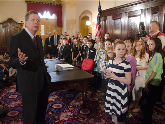 Kasich students snow day bill signing