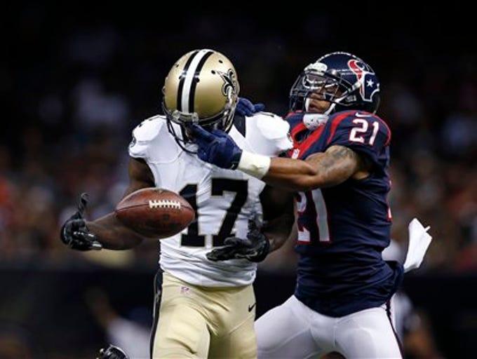 Houston Texans defensive back Darryl Morris (21) breaks