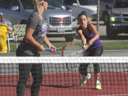1008_GIRLSSECTIONALTENNIS_009