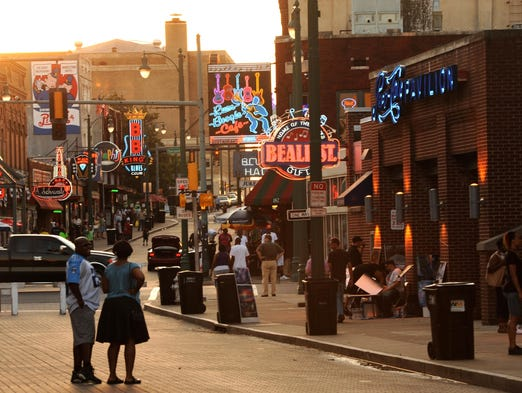 Music fans from across the globe come to Memphis to walk down Beale Street, a stretch of road which can claim being the birthplace of the blues. Music continues to thrive on this iconic downtown street, with many bars and clubs offering live music every night of the week.