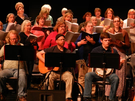 Minnesota Center Chorale and Monroe Crossing rehearse