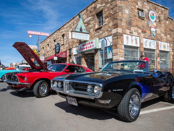 Cool Country Cruise In combines classic cars and historic