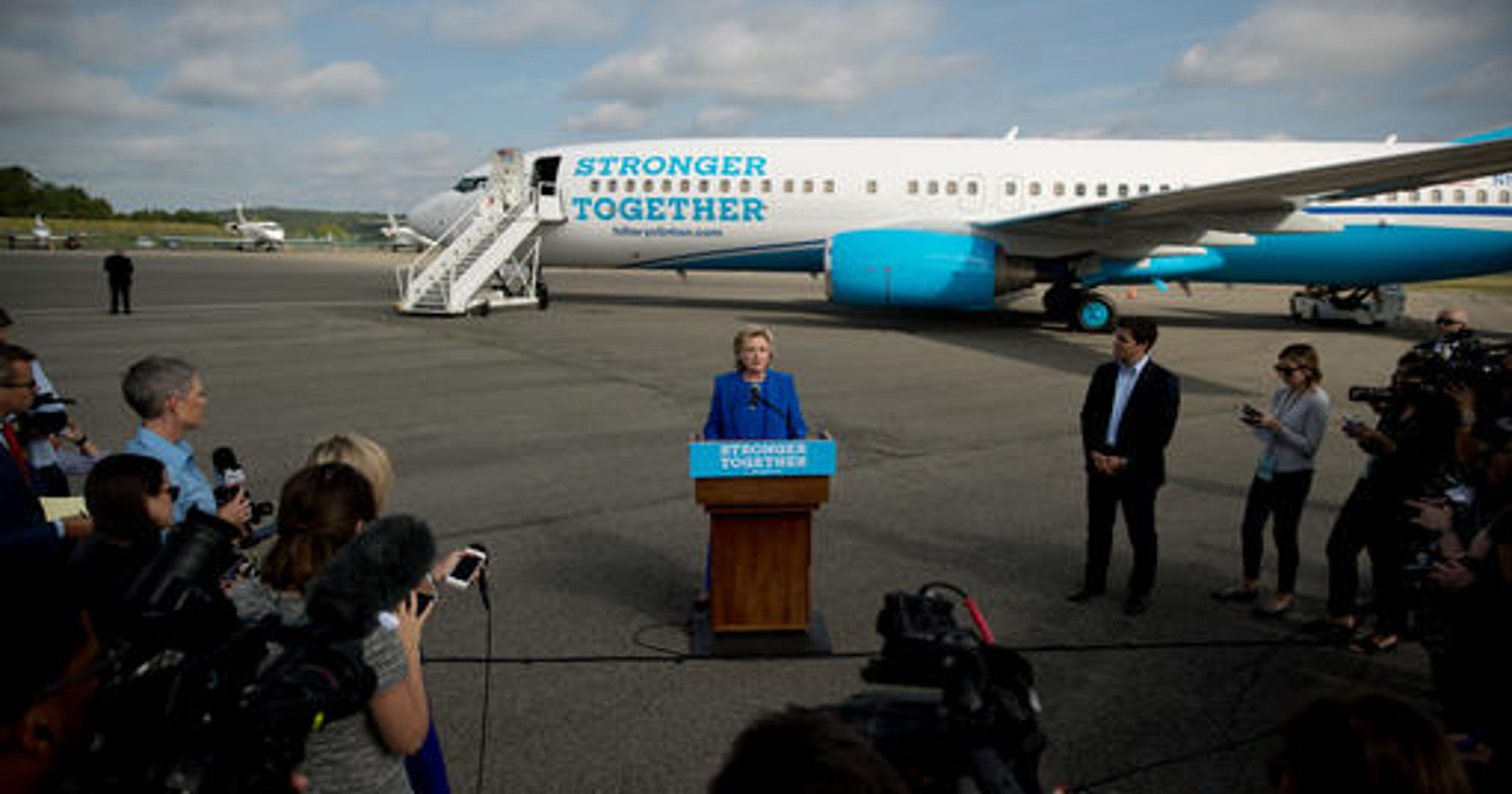 Hillary Clinton's plane: 5 things to know