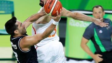 Spain beats Argentina 92-73 in men's basketball to advance