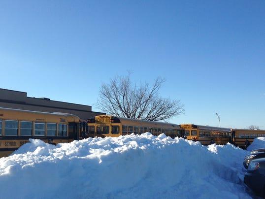 HES-DJ-Snow-Bus