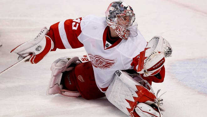 Detroit Red Wings goalie Jimmy Howard makes a save against the Florida Panthers on Tuesday night.