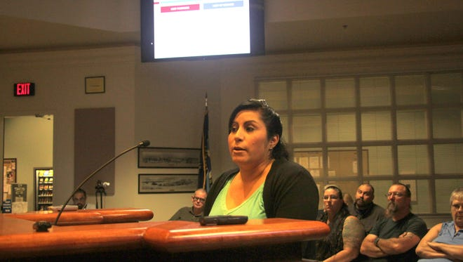 APSOA President and APD Detectiv Eliza Fernandez presented on the funding of Alamogordo's public safety departments to the City Commission at their Tuesday evening meeting. Fernandez said she was not presenting in her APSOA or APD capacities, but as a citizen.