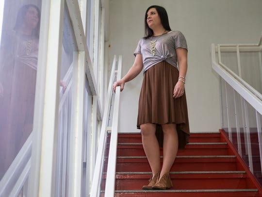 Jessica Persoleo wears a brown LuLaRoe Carly dress