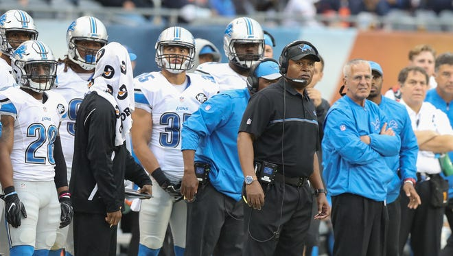 Detroit Lions coach Jim Caldwell watches play Oct. 2, 2016.
