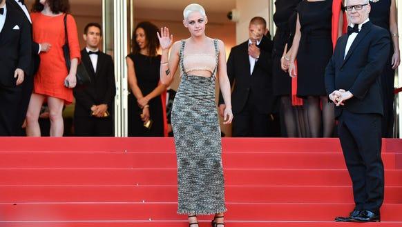 Kristen Stewart rocks a Chanel dress on the red carpet