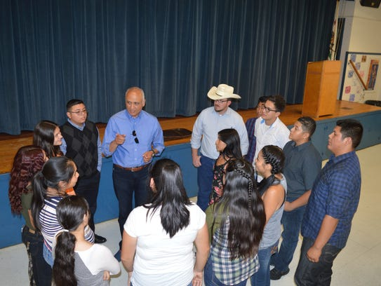 Students learn about water quality in Southwest Tulare