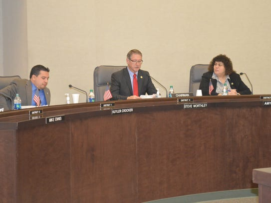 Supervisor Steve Worthley, middle, delivers the State