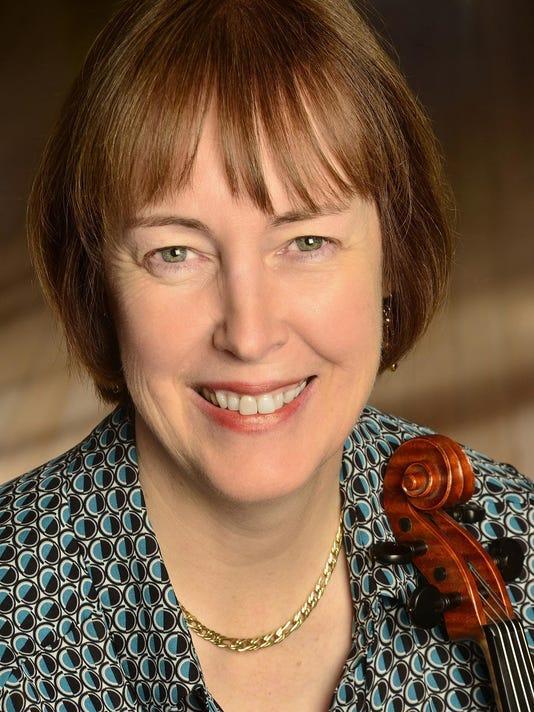 dcn 0802 fiddle fest liz carroll by suzanne plunkett