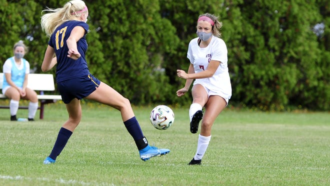Taylor Oliveira scored two goals for Bishop Stang on Wednesday.