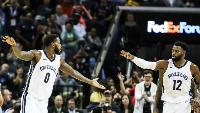 December 04, 2017 - JaMychal Green, left, and Tyreke Evans celebrate after a three by Green during Monday night's game versus the Minnesota Timberwolves at the FedExForum.