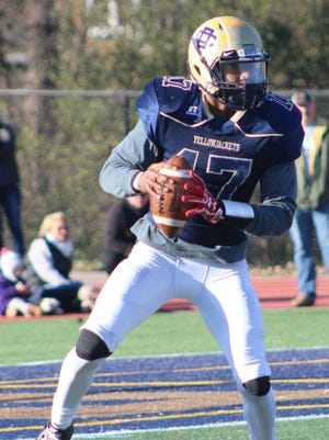 Sophomore quarterback Jalen Graham (17) and his Detroit Country Day teammates are headed to the D-4 state championship game.