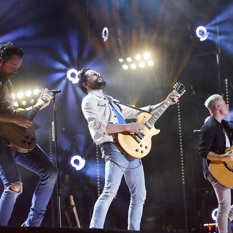Old Dominion: Vocal Group of the Year nominee
