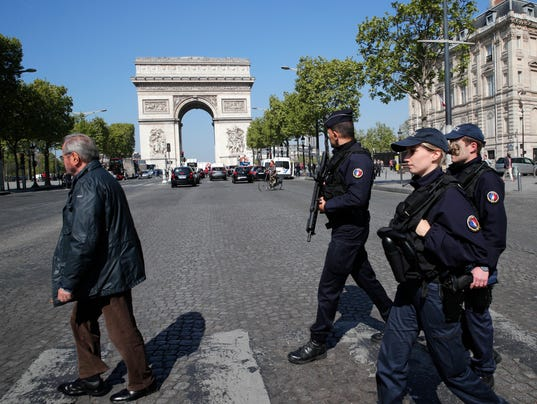AP FRANCE PARIS POLICE SHOT I FRA