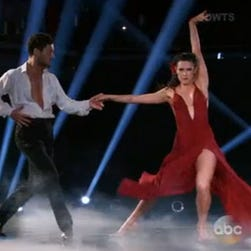 Rumer Willis lands the first perfect score of the season with her rumba.