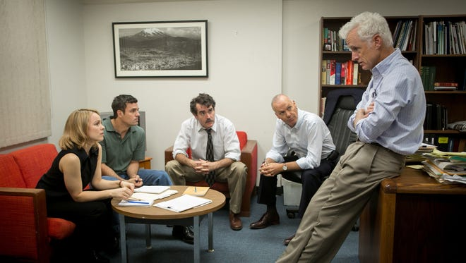 (Left to right)  Rachel McAdams; Mark Ruffalo; Brian d'Arcy; Michael Keaton and John Slattery in Spotlight.