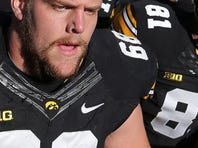 Brandon Scherff (68) will be presented with the Outland Trophy on Jan. 15 in Omaha, Neb., just 75 miles from Scherff's hometown of Denison.
