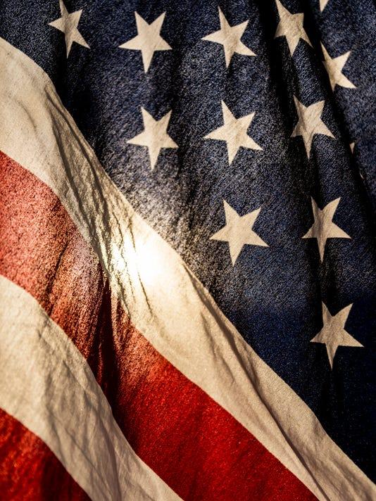635954155674733231-american-flag.jpg