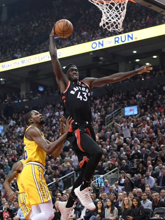 Warriors_Raptors_Basketball_89637.jpg