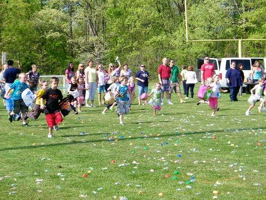 Fairview children hunt eggs at the Fairview Recreation
