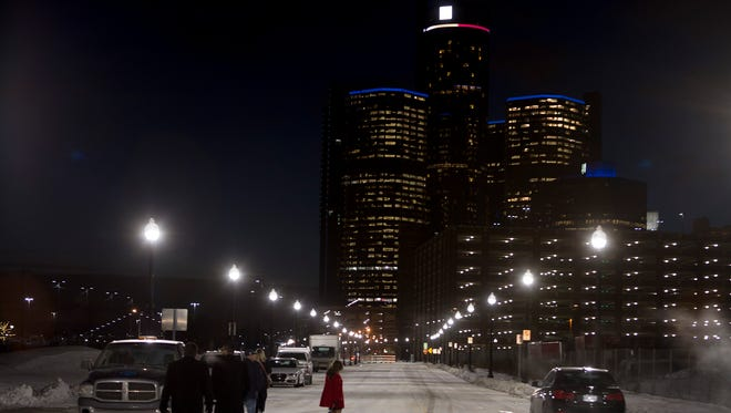 Working streetlights line Atwater St. after the relighting ceremony on Thursday, Dec. 15, 2016 near downtown Detroit. Elaine Cromie/Detroit Free Press