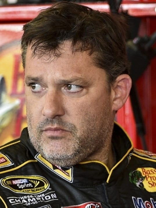 2014 404223012-Tony_Stewart_Crash_Auto_Racing_NYME104_WEB034105.jpg_20140810.jpg