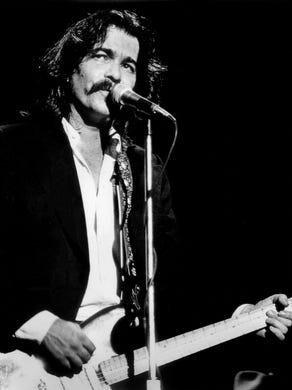 John Prine: Joan Baez, Jeff Tweedy honor singer after coronavirus ...