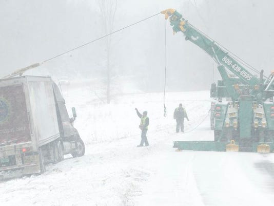 -BUR 0312 snow storm rm C3.jpg_20140312.jpg