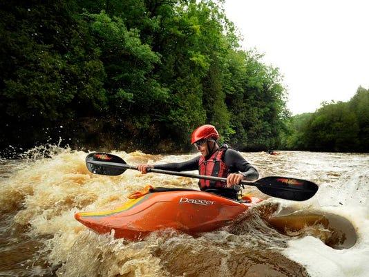 MAN n 0618 Kayakers 0001 MAIN.JPG