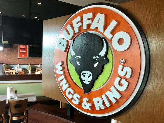 Lee County's first Buffalo Wings & Rings opens Oct.