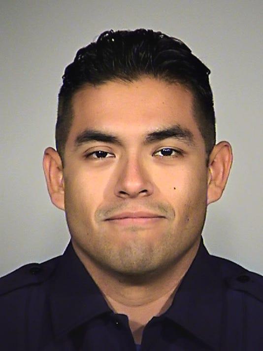 636344421476198299-texas-cop.JPG