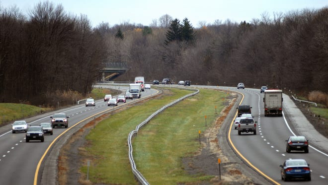 Pilgrim Pipeline LLC wants to build two underground pipelines along the state Thruway between Albany and New Jersey.