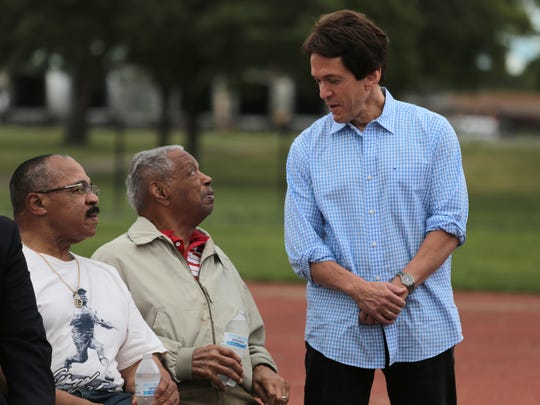 Detroit Tiger Willie Horton and his mentor as a kid, Judge Damon Keith, talk with Mitch Albom.