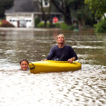 Hurricane Irene pounds Morris County with heavy wind