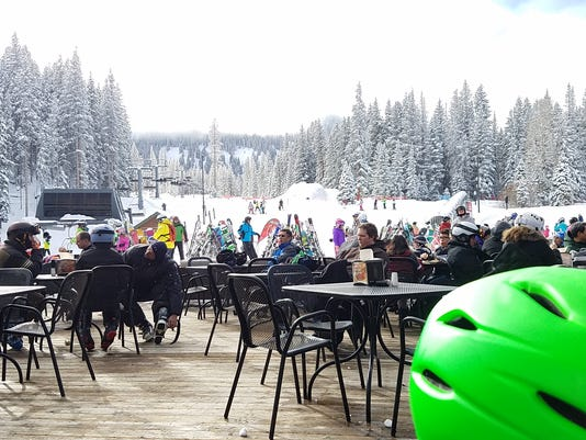 636195546624735996-Snowmass-Pic-20---Outdoor-eating-area-at-Elk-Camp-restaurant.jpg