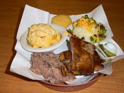 About Dickey's Bbq Pit: Dickey's BBQ Pit is located at th Ave Se in Covington, WA and is a business listed in the category Barbecue Restaurants.