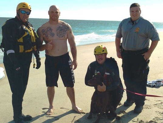 636147229488209365-Dog-s-Atlantic-Ocean-swim-turns-into-rescue-situation.jpg