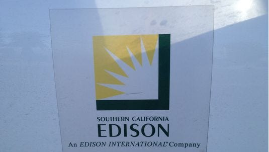 More than 550 SCE customers in Palm Springs are without power.