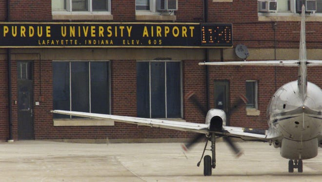 By 2004, American Airlines was the last airline to provide commercial service to Greater Purdue Airport. A Chicago Tribune report says United Airlines wants to add routes from O'Hare International Airport to small Midwest cities.